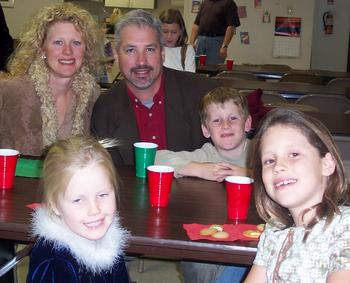 family_at_renees_show_2.JPG